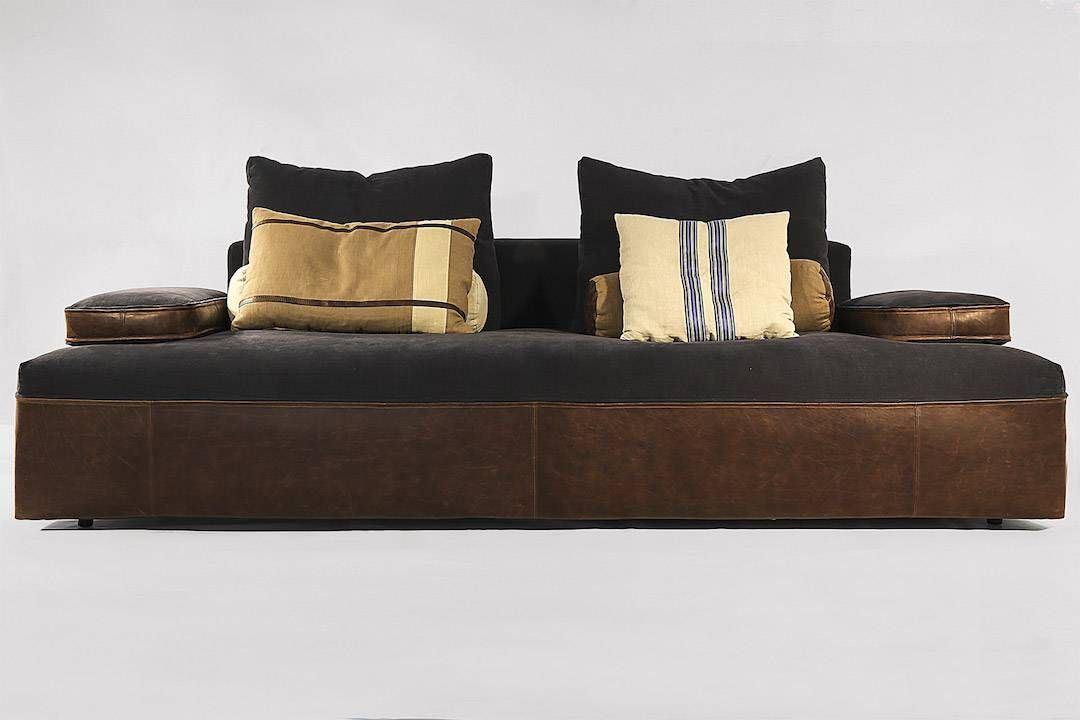 Hand crafted sofa Globe