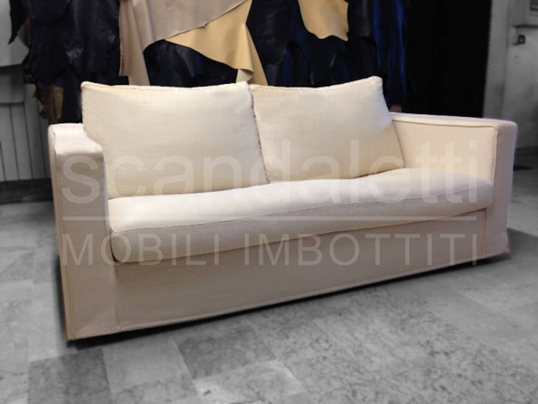 Restauro e nuovo Rivestimento divano e poltrona B&B Baisity.