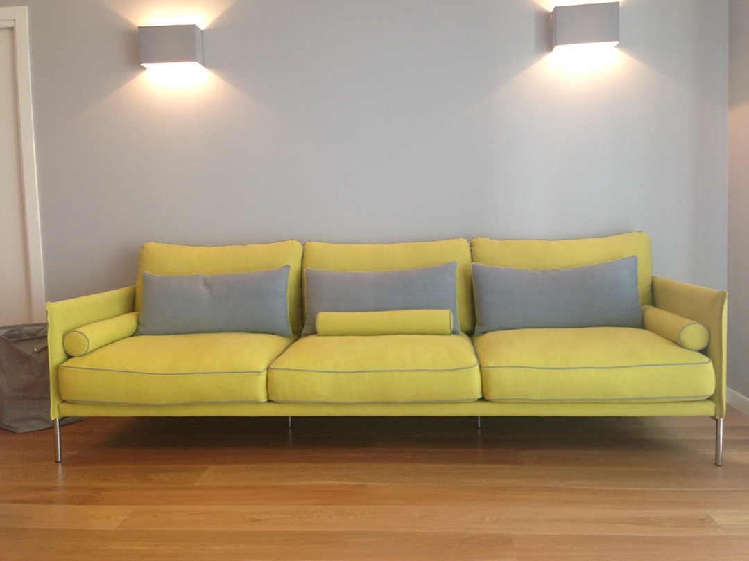 Realizzazione divano su progetto divani su misura in pelle - Divano su misura ...
