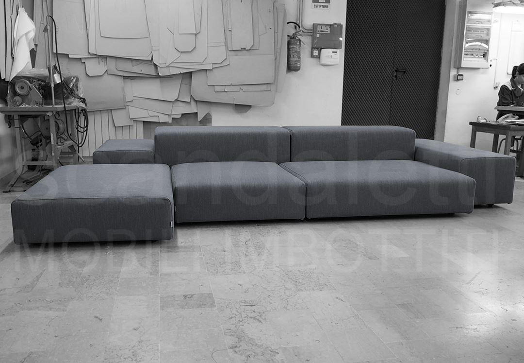 Restauro nuovo rivestimento living wall obiettivo - Rifacimento cuscini divano ...