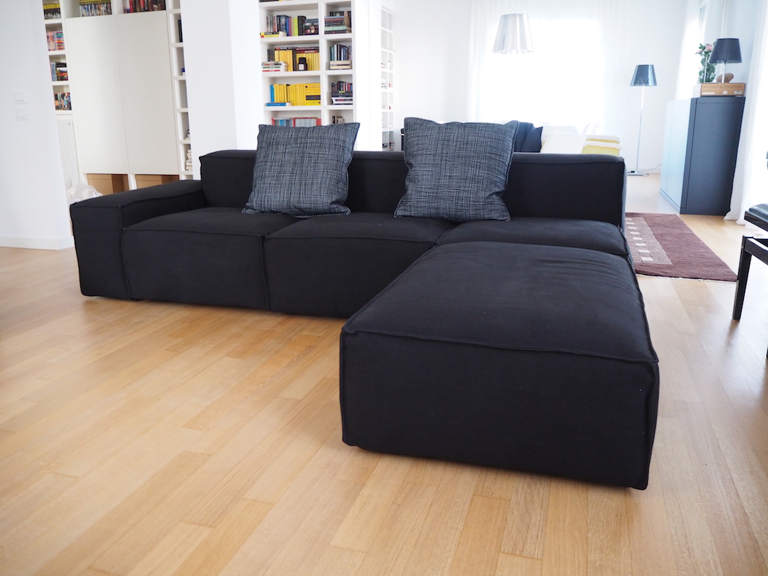 Realizzazione su misura e su progetto divano con penisola odeon.